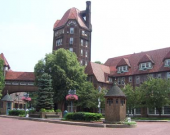 1 Station Square